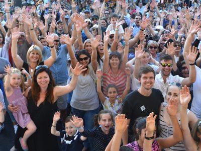 Perth Glendi Crowd